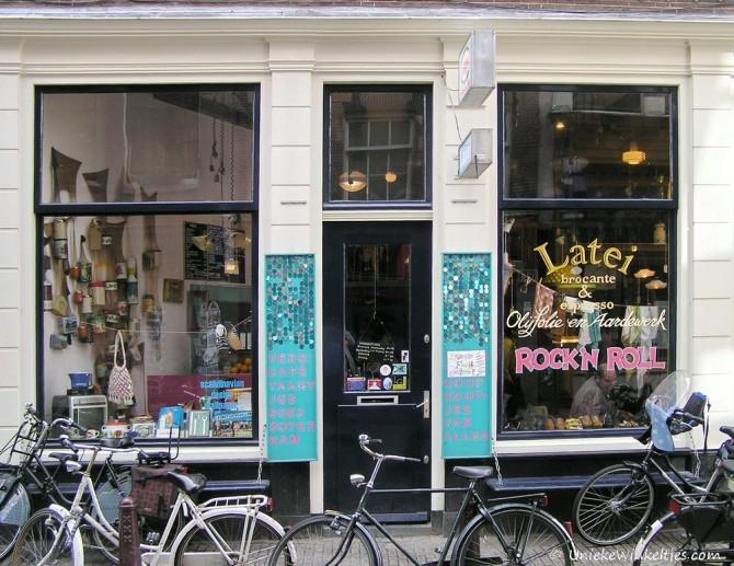 Latei op de Zeedijk in Amsterdam