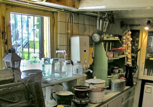 Antieke en brocante spulletjes bij De Weldaad